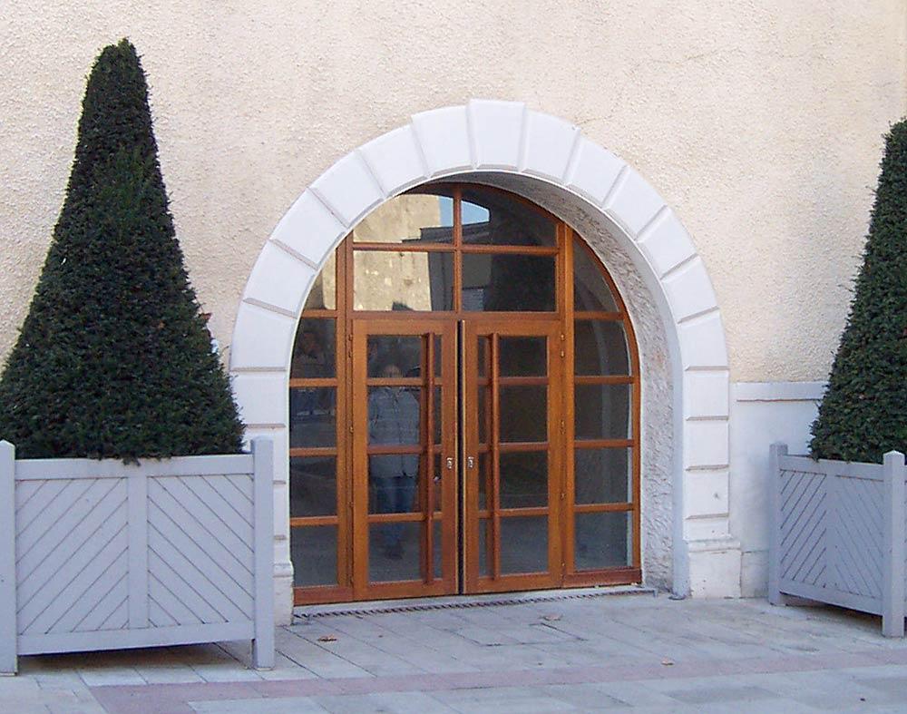 Portes en bois sur mesure menuiserie drifford for Menuiserie exterieur