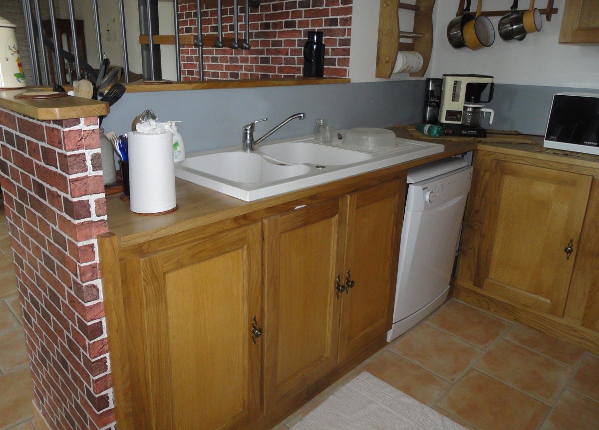 Meubles cuisine bois brut meuble bas de cuisine rustique meubles de cuisine meubles de cuisines for Peindre des meubles de cuisine en bois