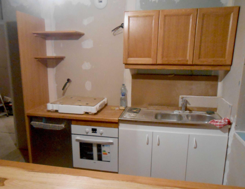 Meubles cuisine bois brut meuble bas de cuisine rustique for Peindre meubles cuisine